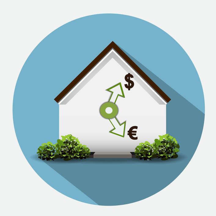 Рубль падает, нефть дешевеет, санкции действуют, недвижимость дорожает?