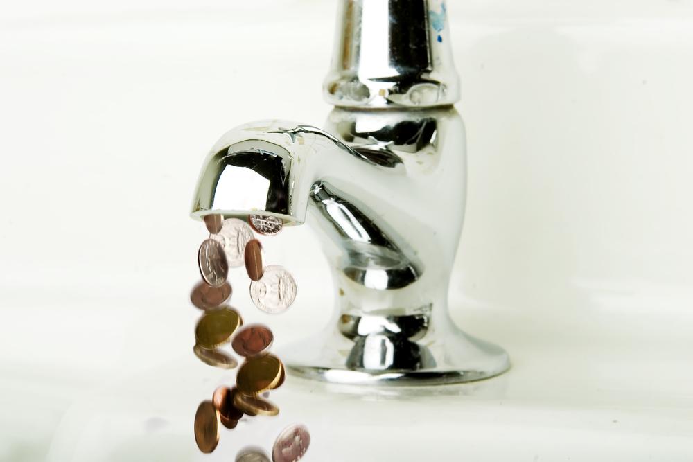Цена на воду вырастет в три раза. Что делать?