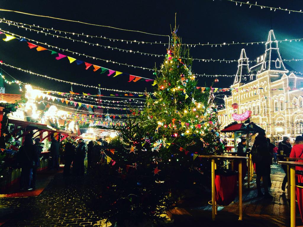 Три счастливых дня: встречаем Новый год в городах России