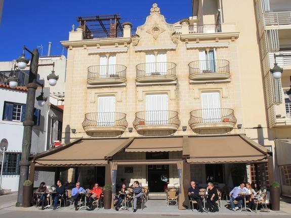 5c16a23592865 жилья в Испании упала на 10,8% в годовом исчислении. А с декабря 2007 года  (пик рынка) цены на недвижимость в стране снизились на 30,4%.