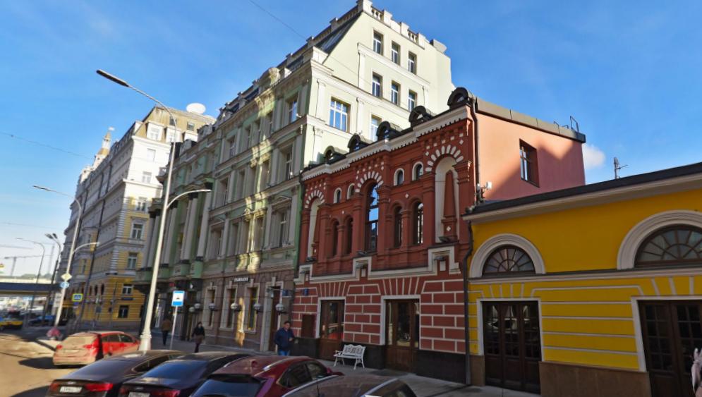 «Дворец» на улице Балчуг ушел с молотка за 271 млн. рублей