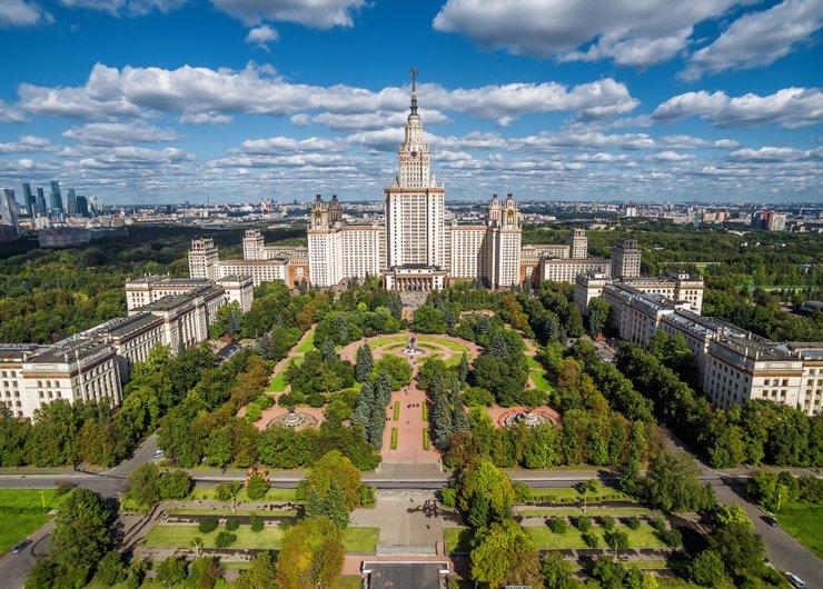 ЧемотличаютсяновостройкиМосквы и Санкт-Петербурга?