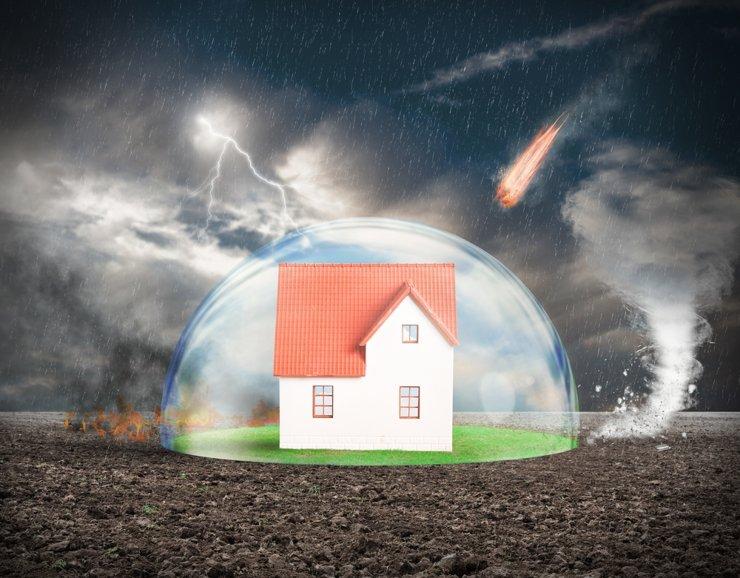 Летом в России примут закон о страховке жилья от ураганов и наводнений