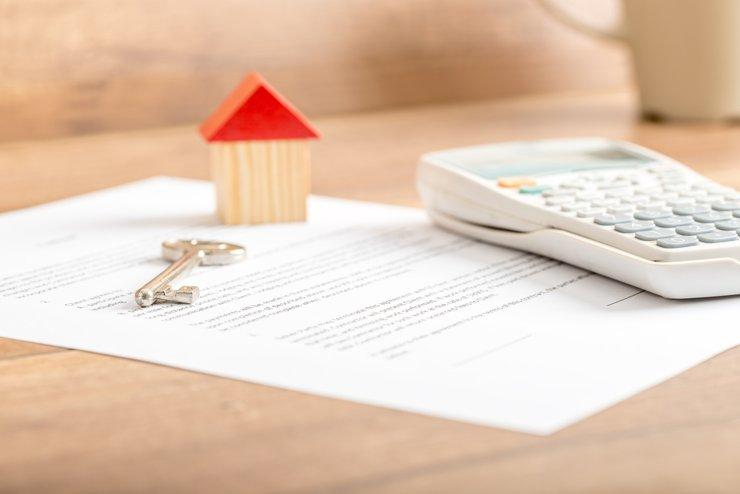 Цена услуг нотариуса за составление завещания на долю в квартире