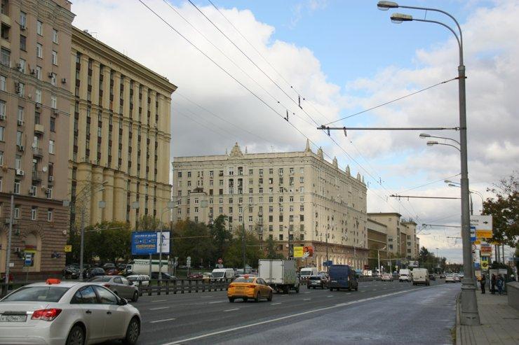 Топ-10 районов Москвы с самымибольшими объемами предложения