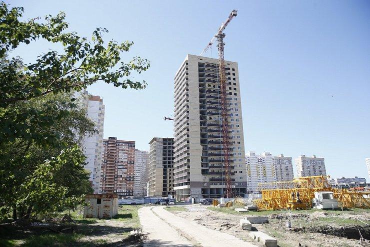 Проблемный дом с многолетней «историей» достроят в Краснодаре к январю
