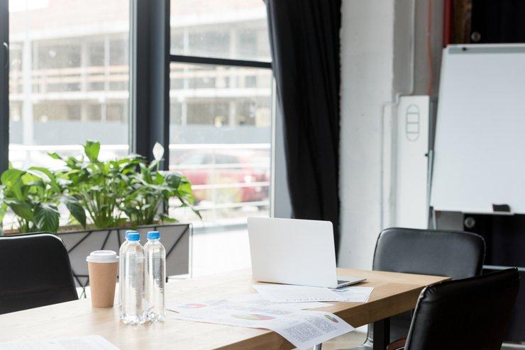 Помещение для бизнеса: купить или арендовать?