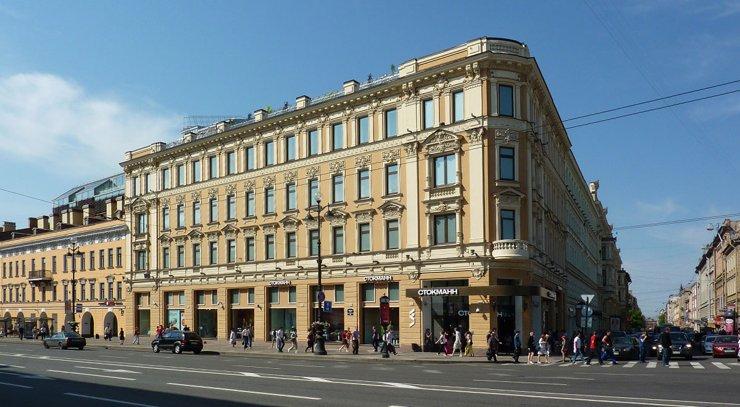 Stockmann продает свой последний в России ТЦ