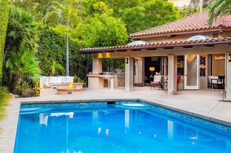 Бывшие супруги Крис Прэтт и Анна Фэрис продали дом на голливудских холмах