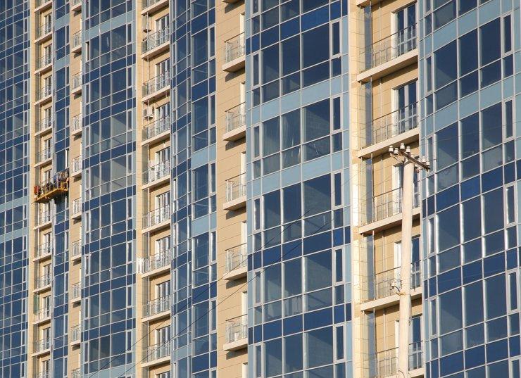 Продажи апартаментов за год выросли на треть