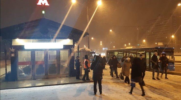 В Москве три станции метро закрыты из-за подтопления