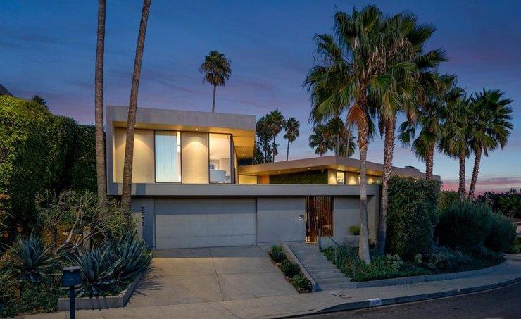 Илон Маск продает дом в Лос-Анджелесе