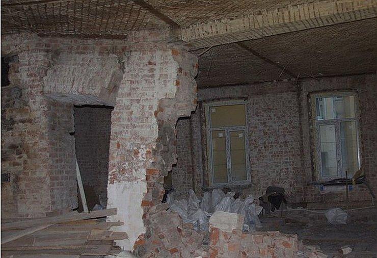 Петербуржца оштрафовали на 56 млн рублей за незаконную перепланировку