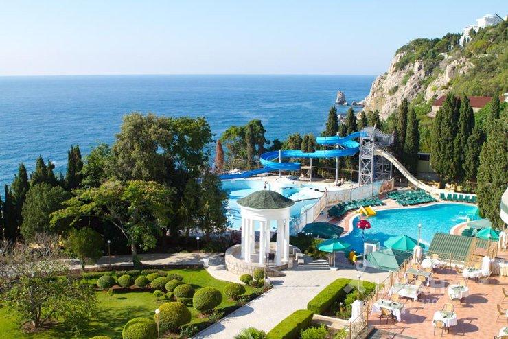 Квартира недели: с видом на дворцы и море