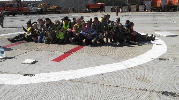 Активистов, препятствующих доставке топлива на станцию Шиес, избили охранники