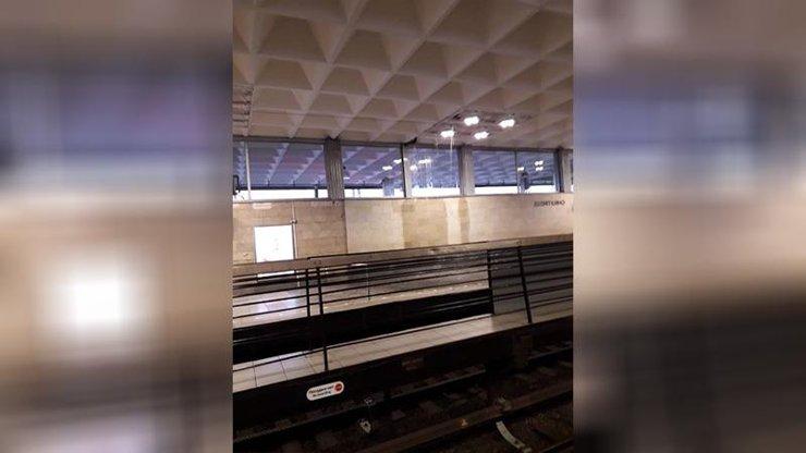 В Петербурге затопило станцию метро «Девяткино»