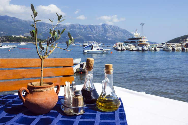 Как переехать в Черногорию?