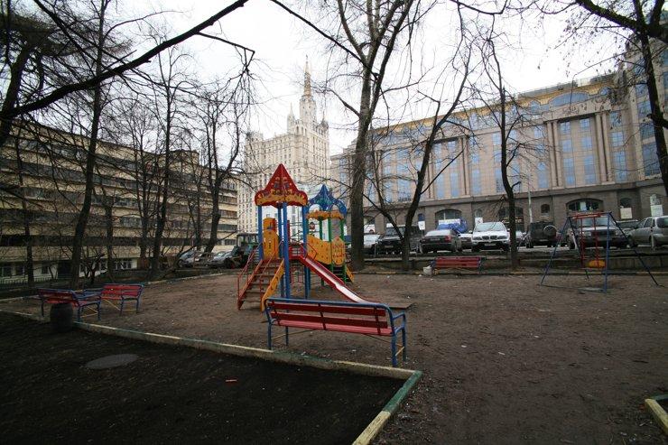 Многодетную мать судят за обустройство детской площадки