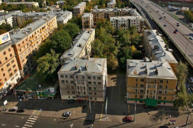 Граждане требуют отменить снос конструктивистских построек на Русаковской