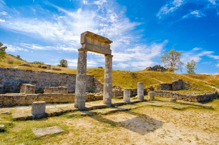 Игорь Лозинский: «Керчь — это Древняя Греция на территории России»