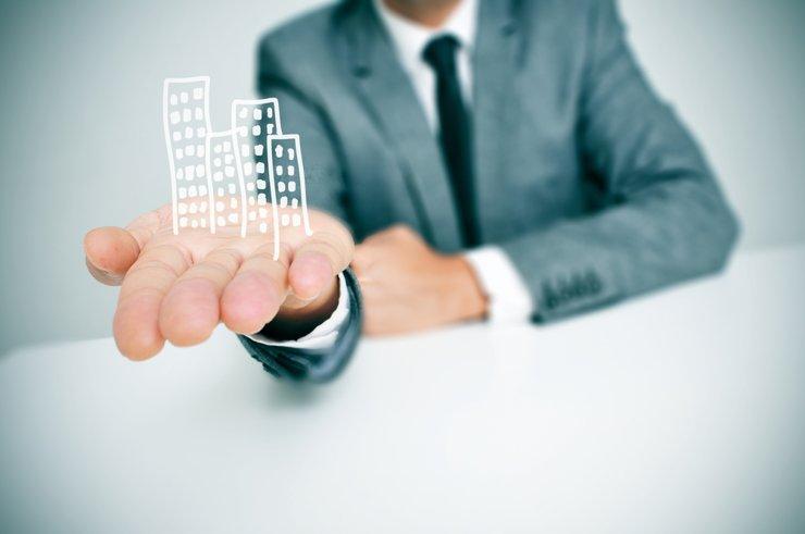 Заключена первая  ипотечная сделка с использованием очков виртуальной реальности