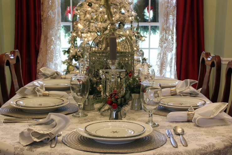 Сервируем новогодний стол: семь советов от дизайнера