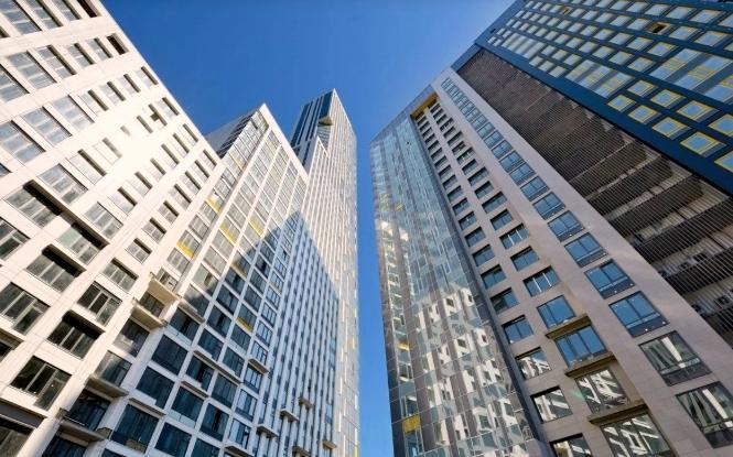 Сколько стоит жилье в самых высоких небоскребах страны?