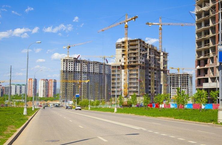 Итоги года на рынке жилья Москвы: много и дорого. Пока