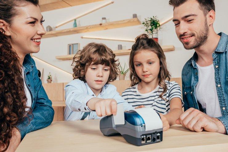 Семьи с детьми благодаря господдержке смогут сэкономить на ипотеке более 2 млн рублей