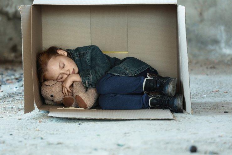 Сиротская доля. Власти предлагают детям-сиротам пособие на покупку жилья 1,5 млн рублей