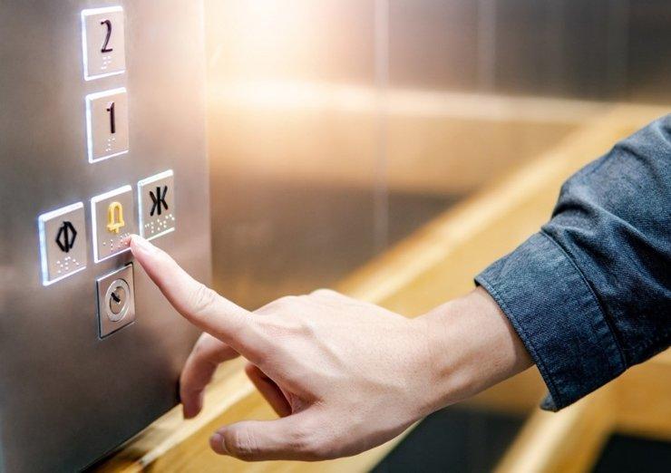 Вы застряли в лифте? Шесть советов, что делать (и чего не делать)