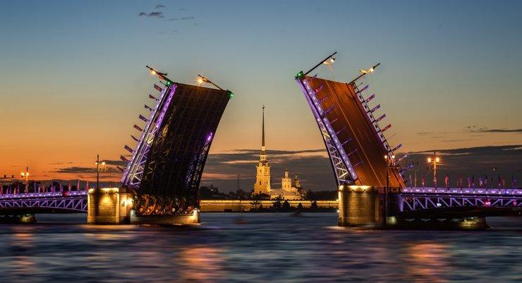 10 причин купить жилье в Петербурге