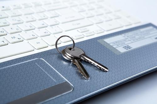 Росреестр и Сбербанк зарегистрировали 1 млн электронных сделок с жильем