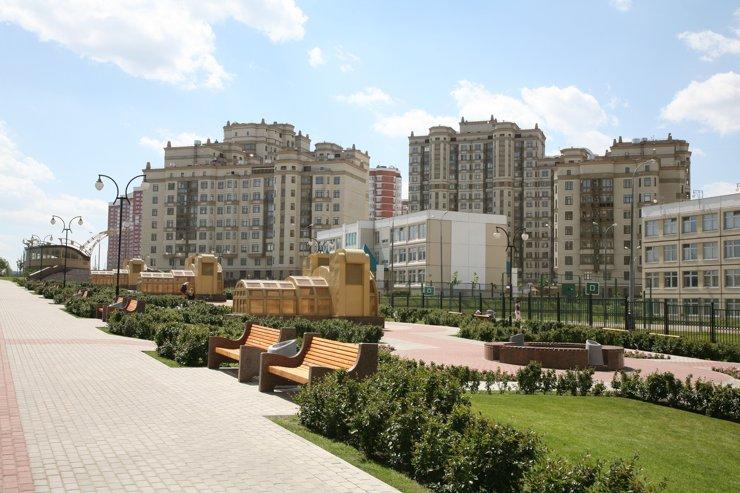 В столице представили новую программу по благоустройству районов