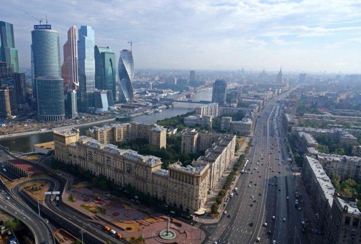 Северный дублер Кутузовского проспекта: один аргумент за и семь — против