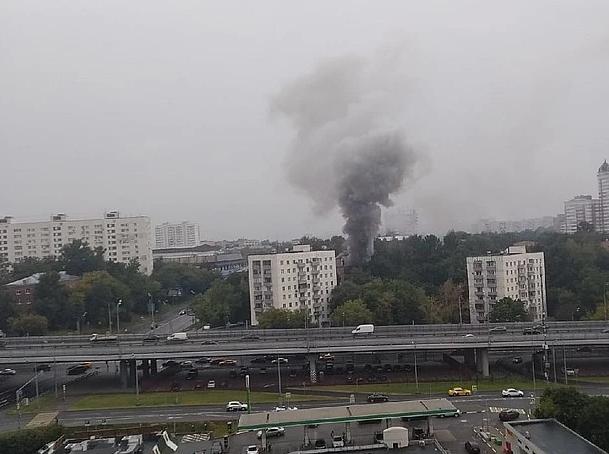 В пятиэтажке на западе Москвы из-за хлопка газа вспыхнул пожар
