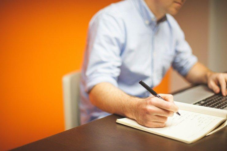 Госуслуги можно будет получить на почте, в банках и салонах связи