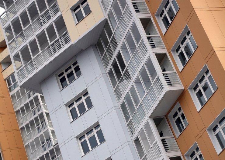 В августе вырос объем строительства многоквартирных домов