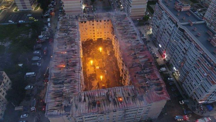 В Краснодаре пожар в жилом доме уничтожил 54 квартиры
