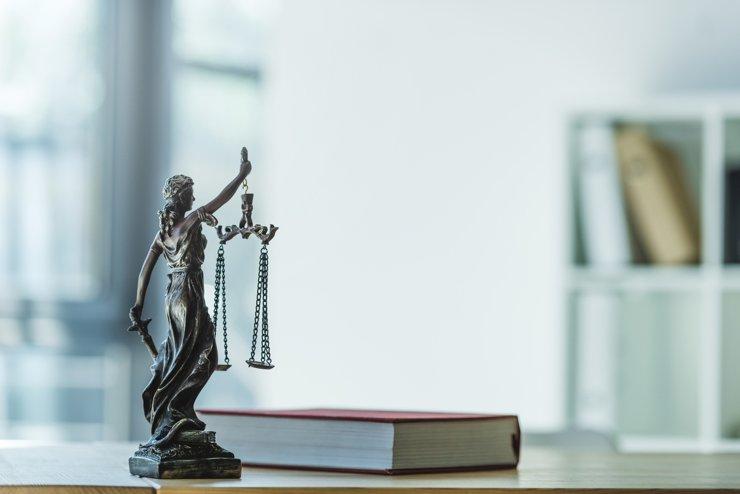 Конституционный суд оценит законность постановления о самоизоляции