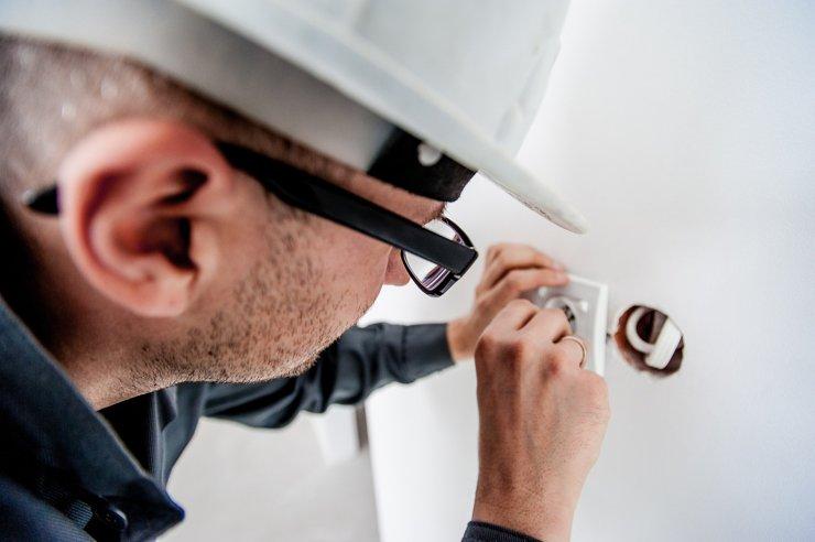 В России могут ввести плановые проверки электропроводки