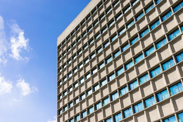 Почти половина столичных апартаментов сможет претендовать на жилой статус