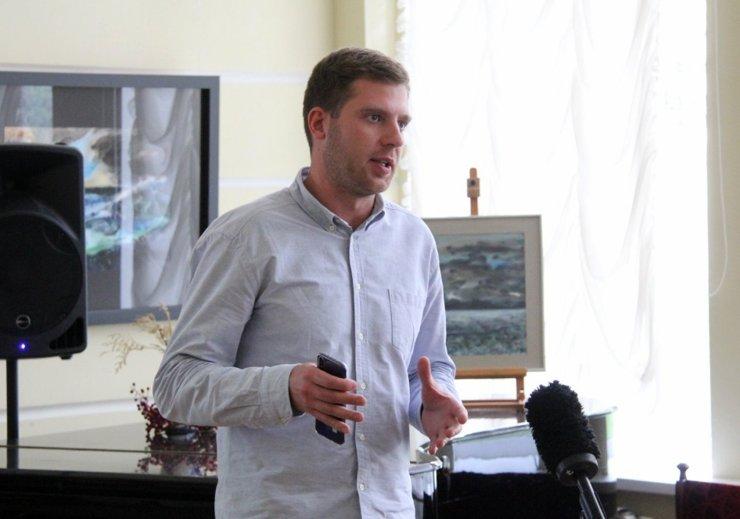 Евгений Соседов: «Идет бесконечная борьба со стройкомплексом за наши города»