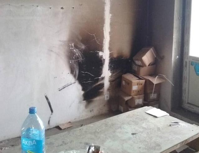 В Липецке обманутых дольщиков заселили в новостройку с горелыми стенами