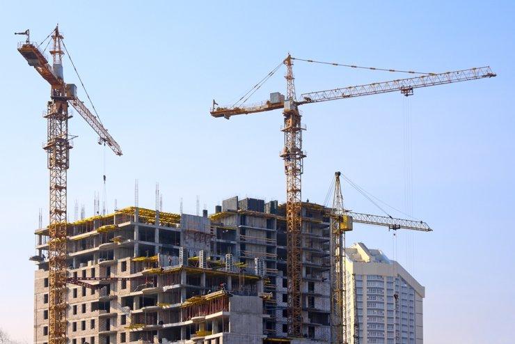 Площадь строящегося жилья обно��ила исторический минимум