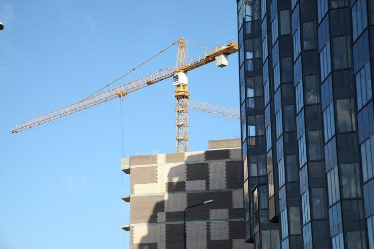 Объемы строящегося жилья выросли впервые за 1,5 года