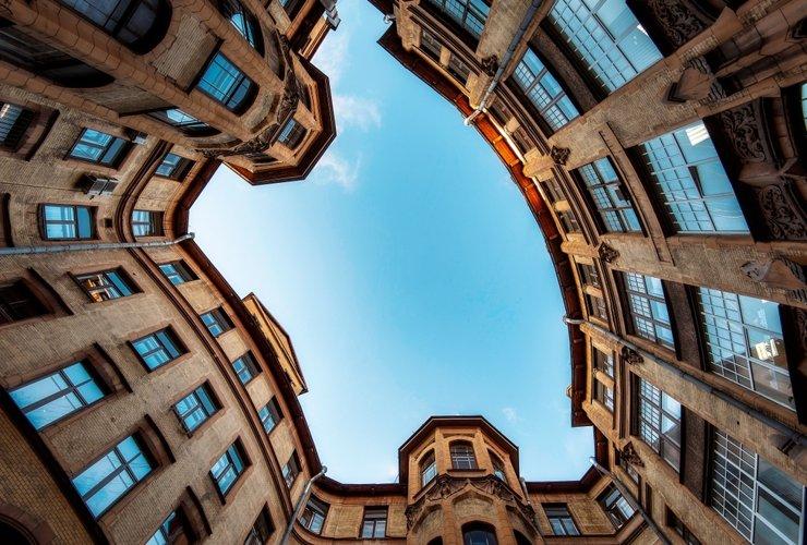 Квартиры бальзаковского возраста: сколько лет жилью на вторичном рынке