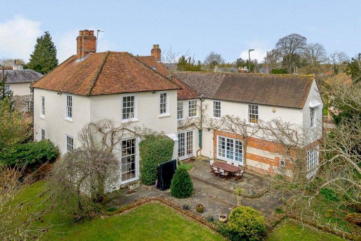 В Великобритании выставлен на продажу дом Агаты Кристи