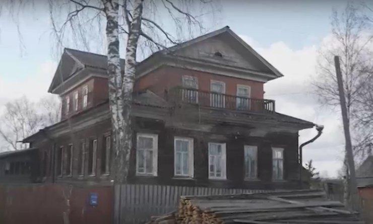 Москвичи уехали в Архангельскую область, чтобы восстановить старинный особняк