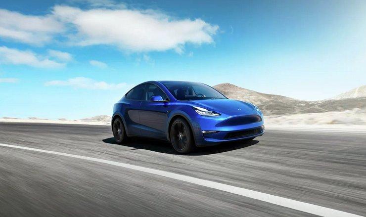 Главы регионов наперебой предлагают Илону Маску площадки под завод Tesla